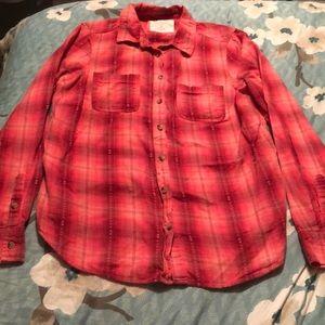5/$20 medium shirt